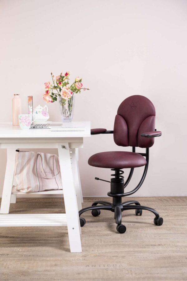 Pisarniški stol Basic v rdeči barvi