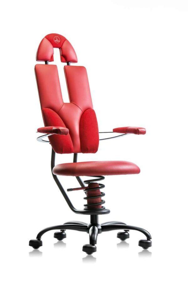 Pisarniški stol Pilot v rdeči barvi.