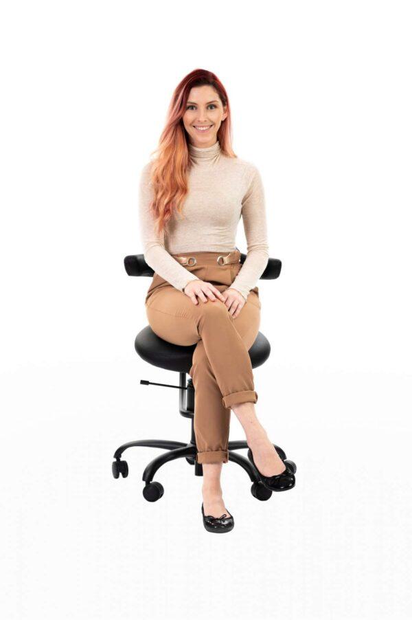 Punca sedi na pisarniškem stolu Explorer posnetek od spredaj