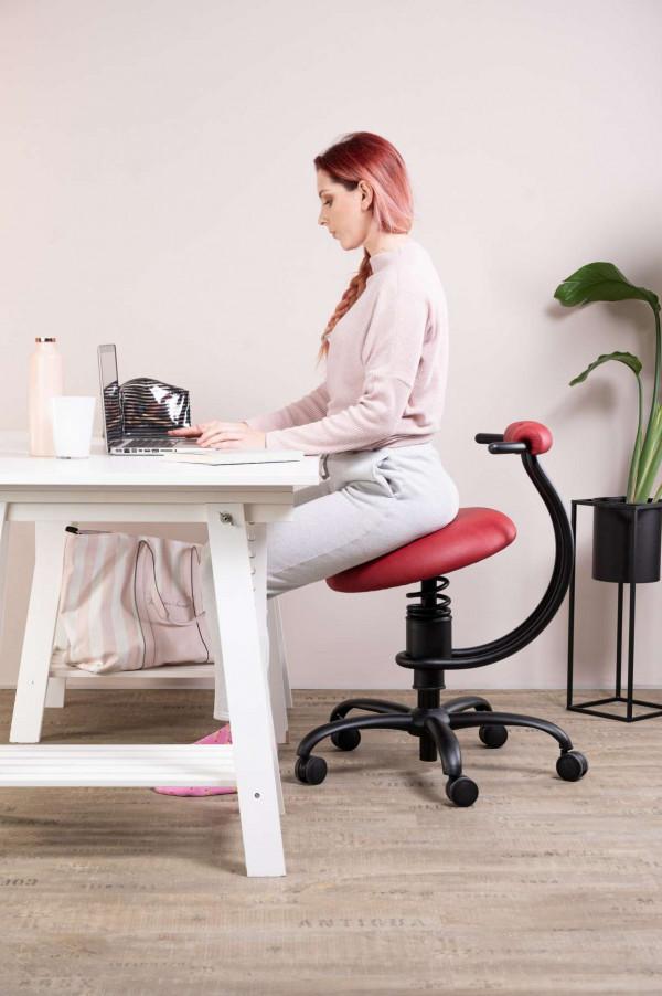 Punca dela na pisarniškem stolu Spider za pisalno mizo